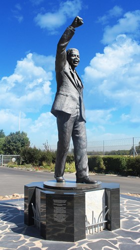 Statue of Madiba outside the Drakenstein Correctional Centre
